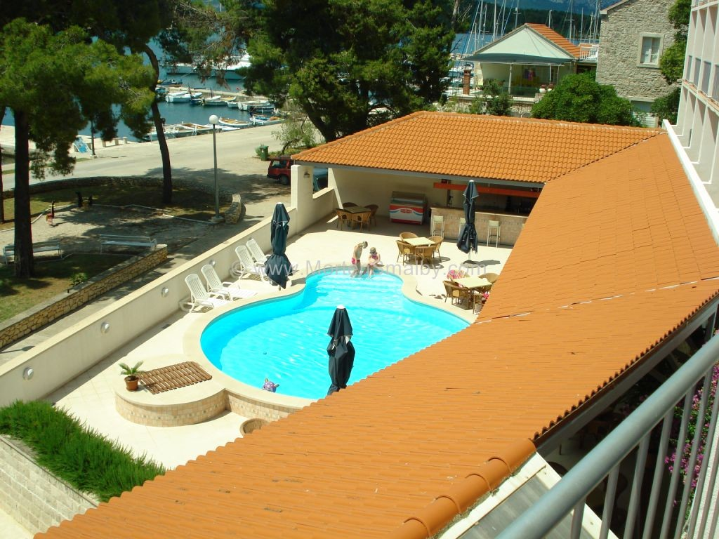 piscina dell'hotel lumbarda