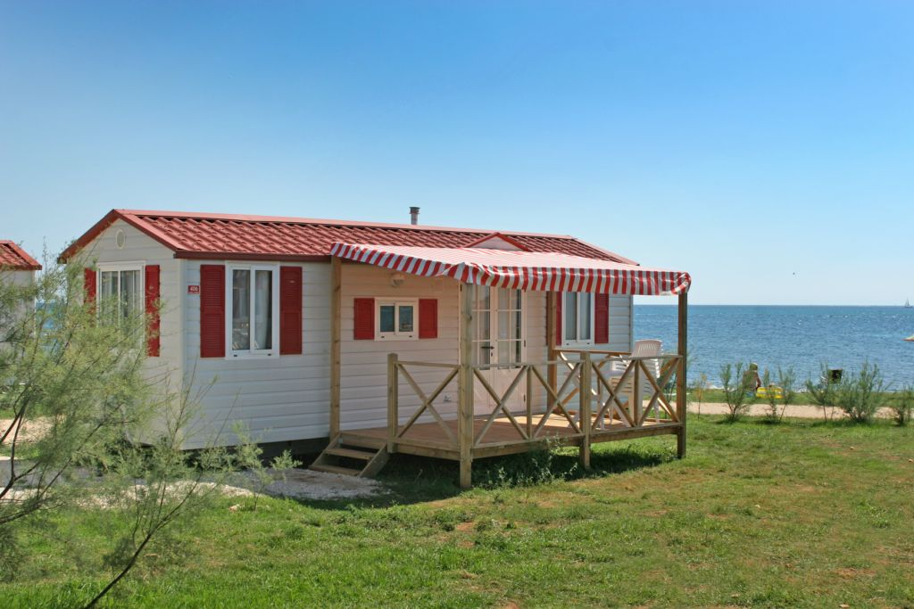 Campeggio kazela medulin camping istria croazia for Casa mobile