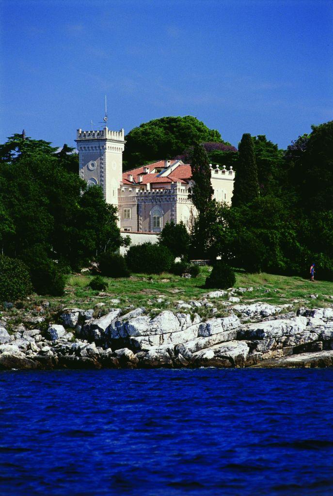 hotel isabella castle a parenzo