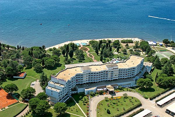 Hotel-Laguna-Materada-esterno