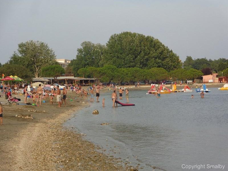 Spiaggia a Medolino
